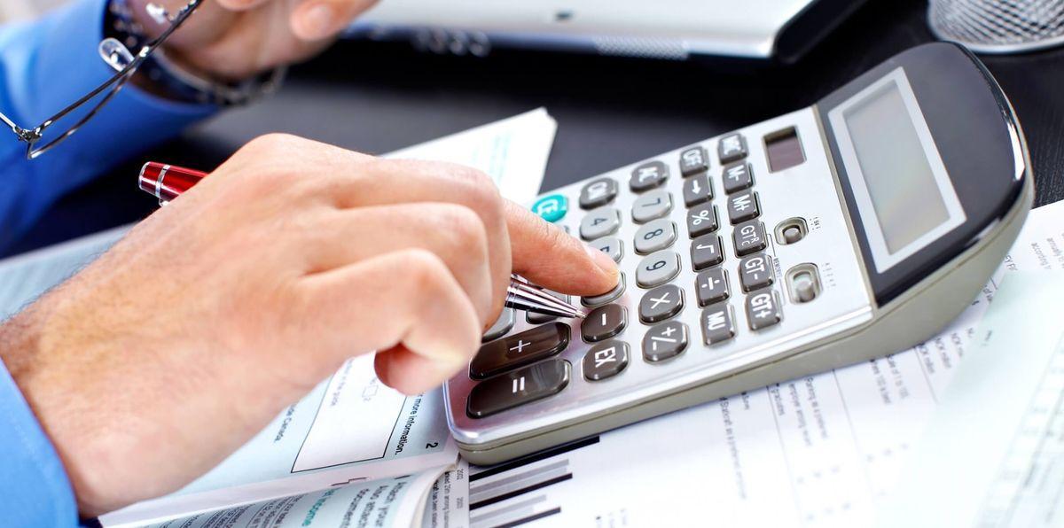 Не сдал отчет вовремя - Налоговая приостанавливает операции по расчетному счету.